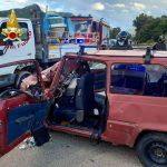 Incidente frontale tra un'auto e un camioncino a Jerzu, feriti in ospedale