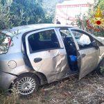 Incidente a Cardedu, auto esce di strada e si ribalta: 4 giovani feriti
