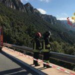 Dramma sull'Orientale Sarda ad Urzulei, una motociclista muore sbalzata